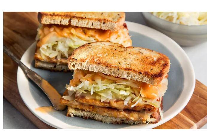 vegan Reuben sandwhich